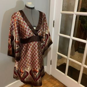 Beautiful silky kimono style dress, Sz Large